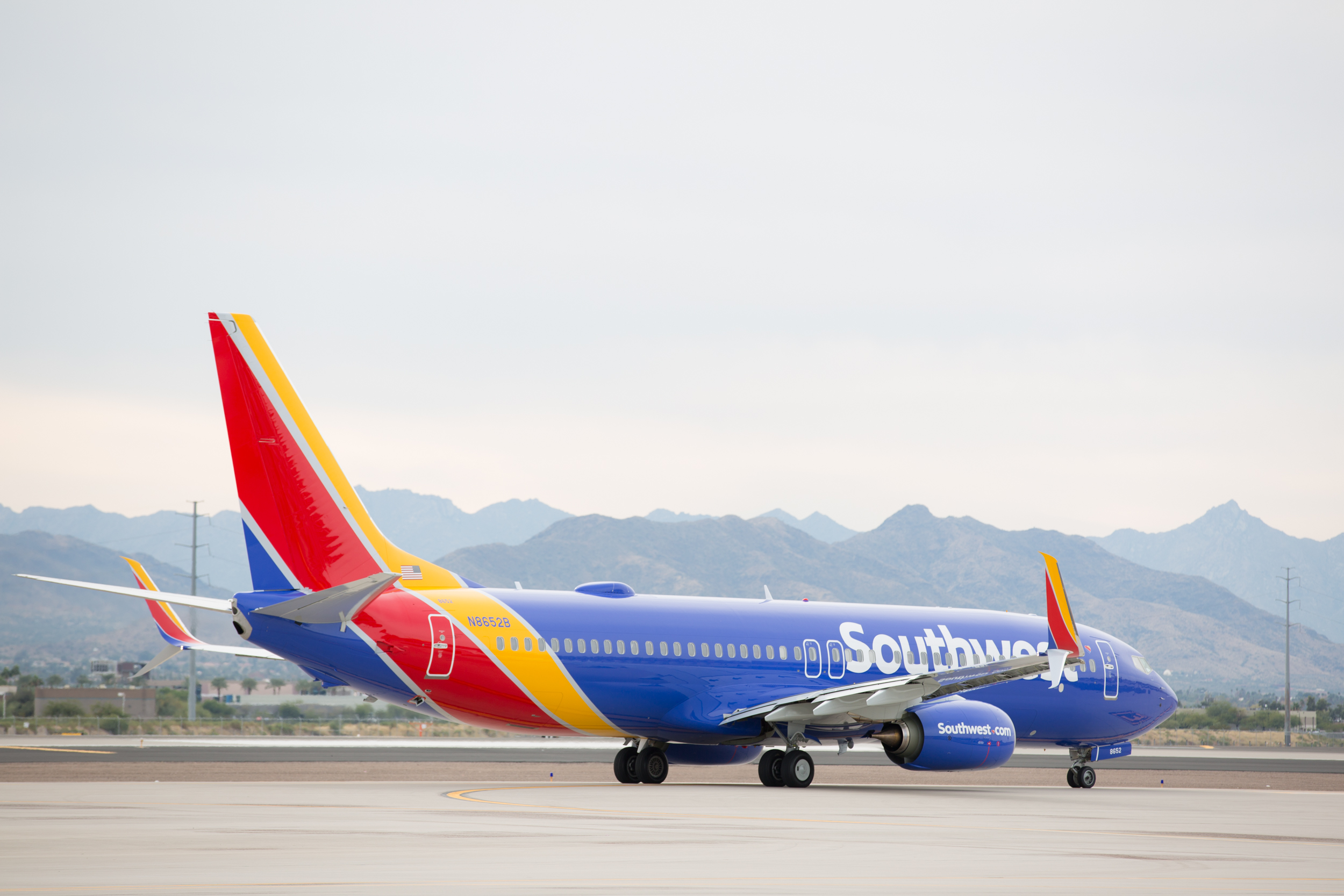 airlines industry cultural web southwest Welcome to prezi, the presentation software that uses motion, zoom, and spatial relationships to bring your ideas to life and make you a great presenter.