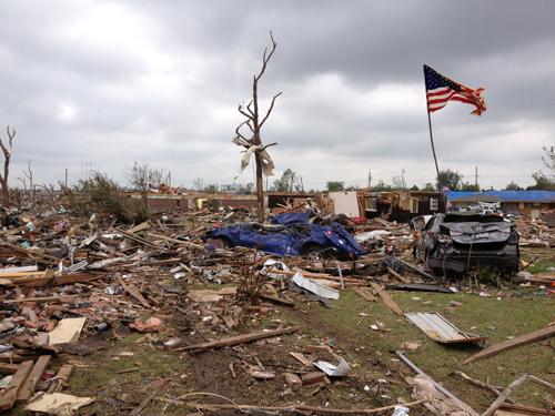 Tornado distruction in Moore, OK