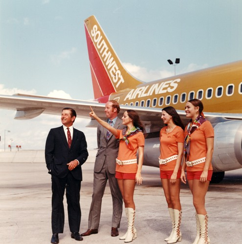 a company history of the southwest airlines 6) southwest has operated boeing 737s almost exclusively throughout their history however, the company operated a few 727s leased from braniff airlines from 1979-1987 jon proctor.