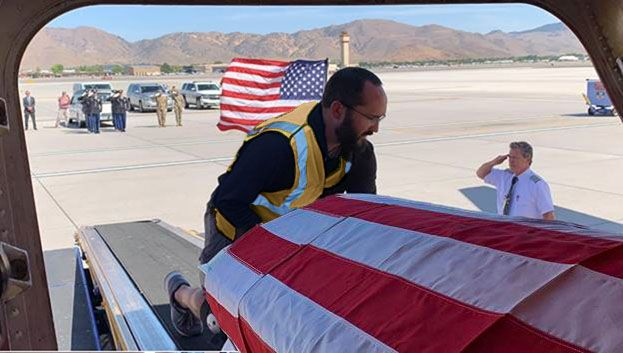 MHR are always treated like family, but sometimes they actually are family. Rich Drake, Reno Ramp Agent, gets the solemn honor of greeting his grandfather, a WWII Purple Heart veteran, in Reno before he reaches his final resting place.