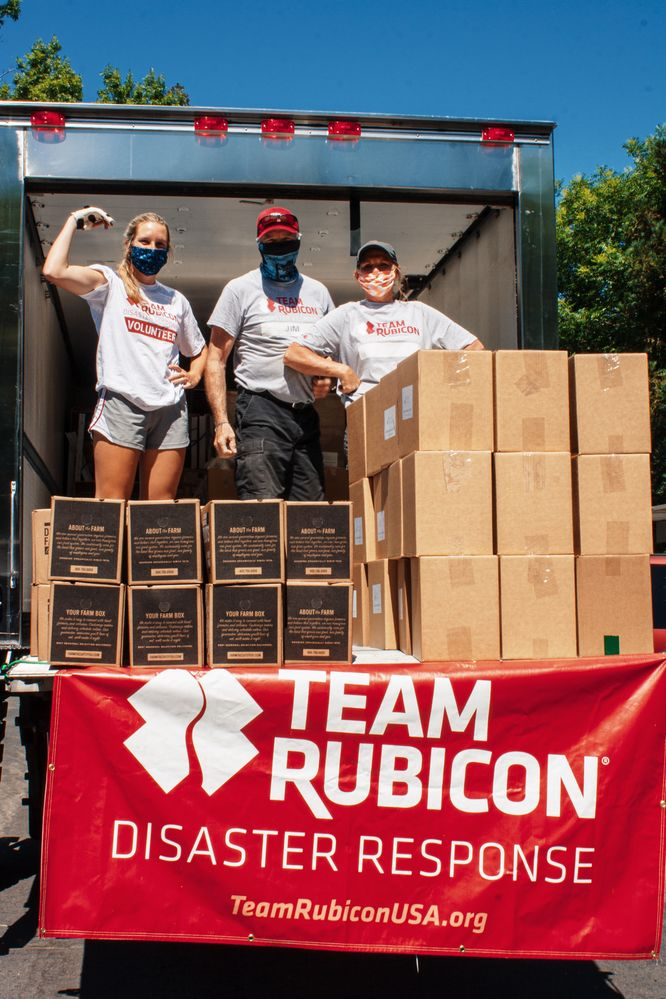 Team Rubicon expanded its capabilities to respond to COVID-19, including this food support operation in Sacramento, CA Photography: Team Rubicon/Angela Brush