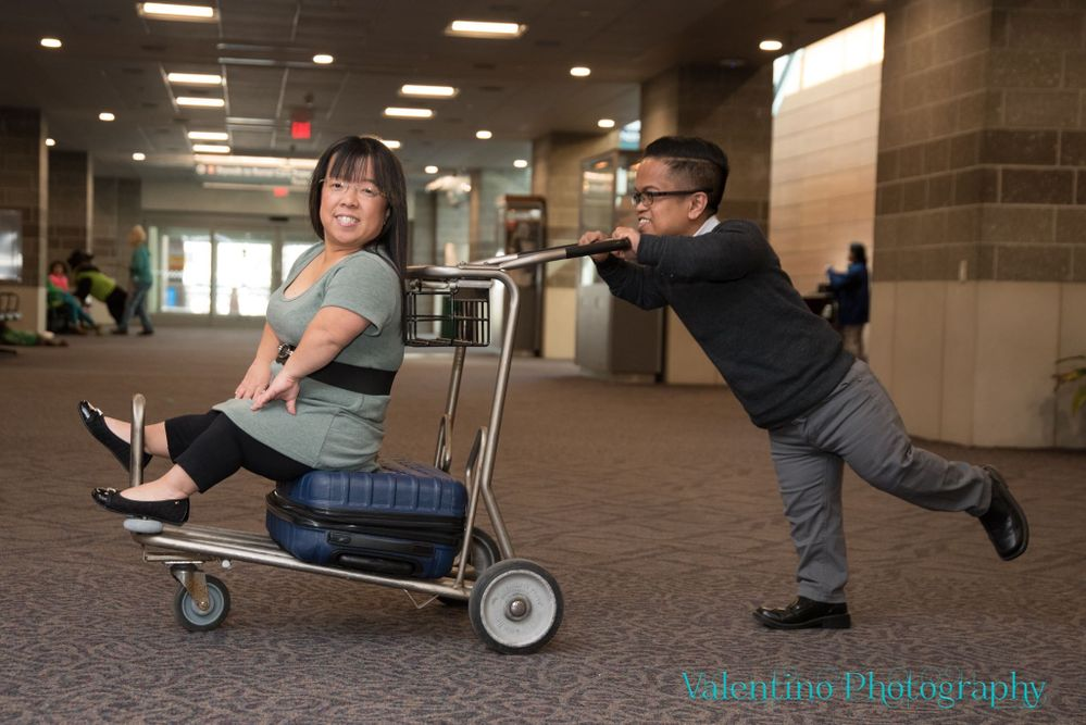 Last month we had the opportunity to take our engagement pictures at the Southwest Airlines terminal at PVD airport