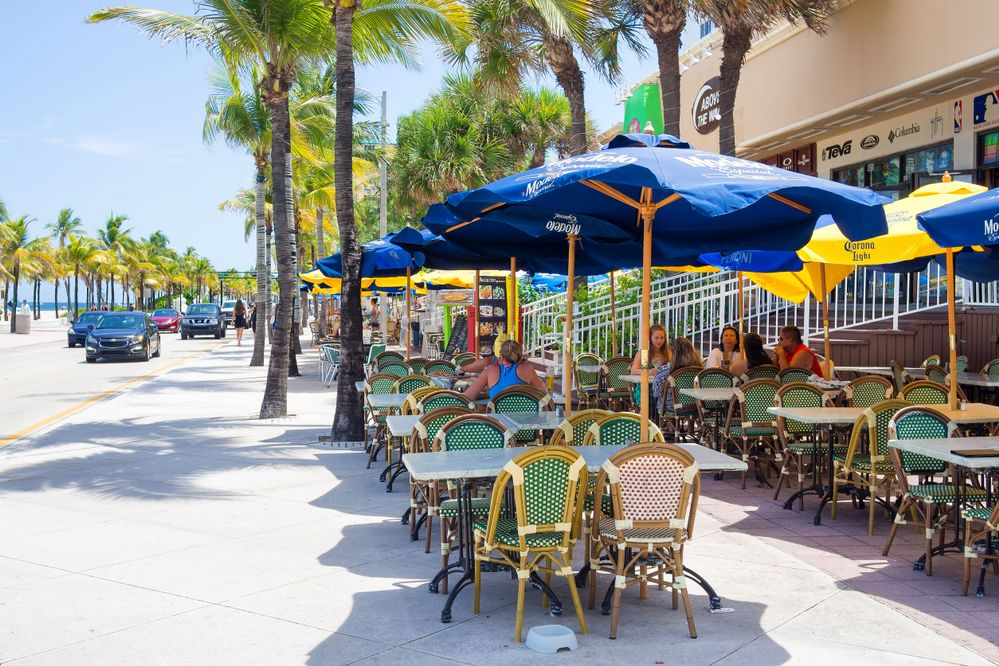 Outdoor cafe at Fort Lauderdale in Florida on a sunny summer day