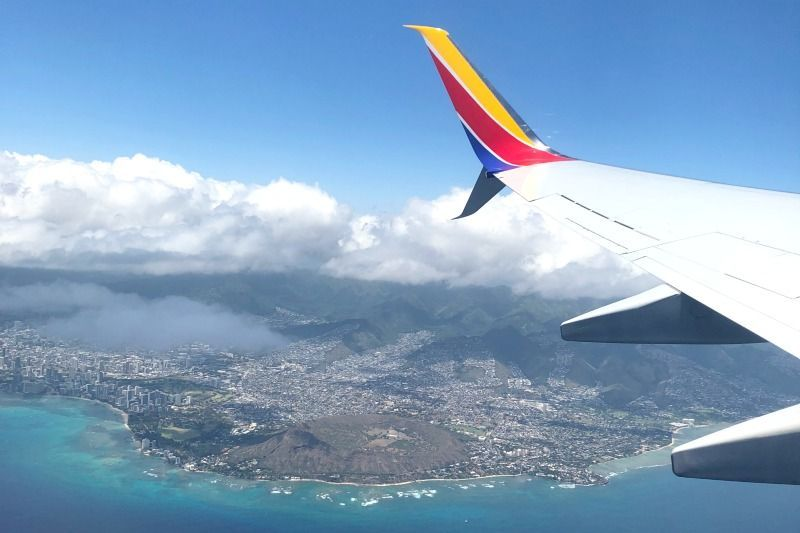 Southwest Hawaii Flight Review - Diamond Head Views from Plane.jpg
