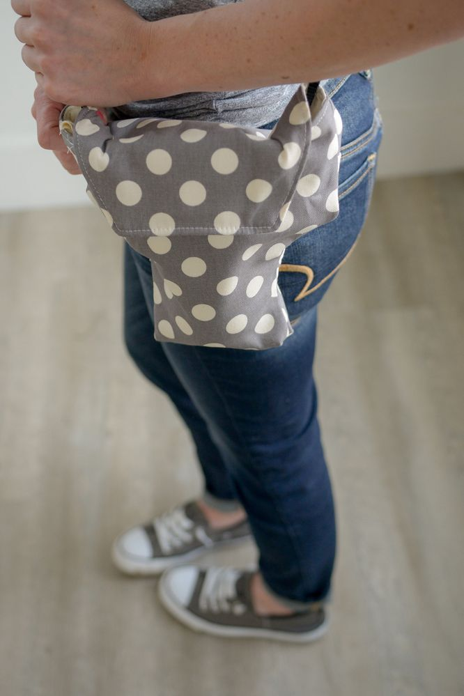 polka dot camera bag for women by camera coats.jpg